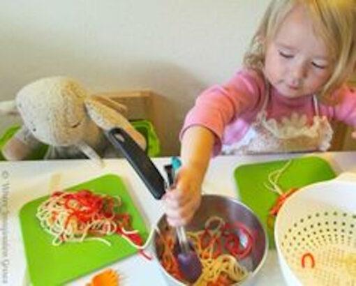 pasta-making-kids